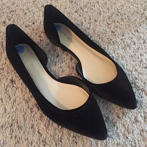Never Worn Nine West Pointed Toe Flats